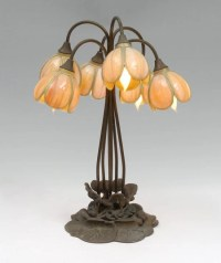 TIFFANY STYLE LILY TABLE LAMP : Lot 1379