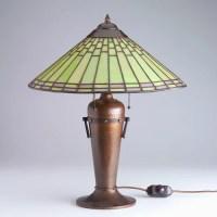 166: ROYCROFT Rare hammered copper table lamp designed ...