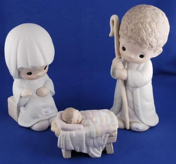 precious moment come let us adore him nativity set