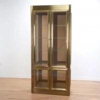 Mastercraft illuminated brass vitrine cabinet : Lot 1243