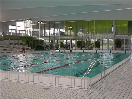 Un petit tour  la piscine  NicolasWebcom