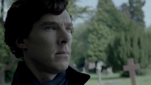 Sherlock-S02E03-The-Reichenbach-Fall-sherlock-on-bbc-one-28355216-624-352