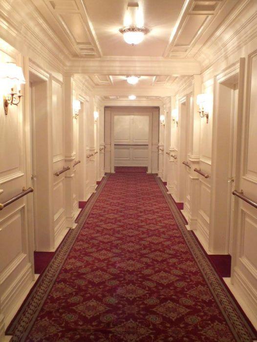exposition-titanic-paris-porte-de-versailles-photos-art-nouveau-cabine-premiere-troisieme-classe-couloir-porte-reconstitution-decors-grand-escalier-iceberg (5)
