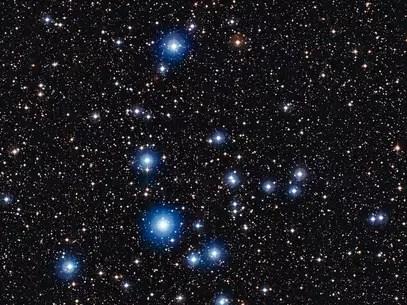 Estrelas jovens no aglomerado estelar aberto NGC 2547 Foto: ESO / Divulgação