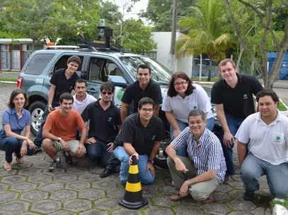 Equipe trabalha há um ano e meio no sistema de carro autônomo Foto: Divulgação
