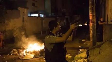 Violentas protestas por muerte de bailarín en Río de Janeiro