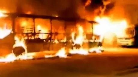 Arden más de 30 autobuses en Sao Paulo