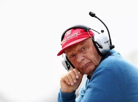 Lauda defendeu Massa por não ter se submetido ao jogo de equipe da Williams Foto: Getty Images