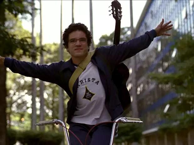 Atuação deThiago Mendonça como Renato Russo é um dos pontos altos do filme Foto: Divulgação