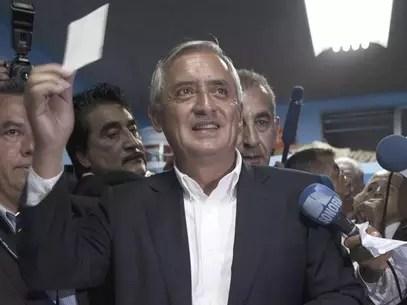 Otto Pérez Molina fue jefe de los servicios de inteligencia del ejército, Dirección de Inteligencia Militar (G2) entre 1991 y 1993. Foto: AP