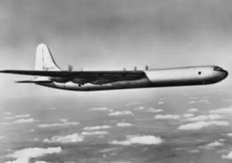 Em 1950, o bombardeiro americano B-36 caiu em águas canadenses, levando com ele uma bomba nuclear