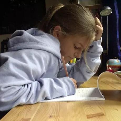 Na Finlândia, os alunos não passam mais de 4 horas semanais com os deveres de casa
