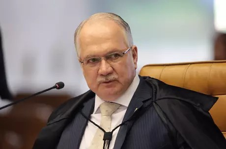 Relator Edson Fachin votou por tornar Renan Calheiros réu