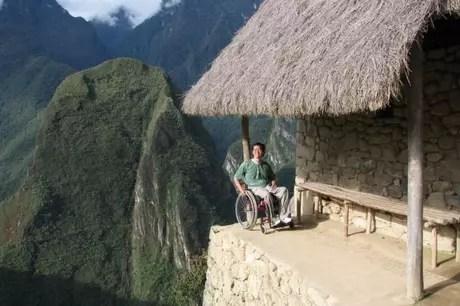 Rota acessível? Ricardo subiu até Machu Picchu como parte de seu trabalho de pesquisa