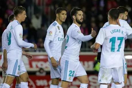 Isco fez o segundo do Real Madrid em cobrança de pênalti (Foto: Cesar Manso / AFP)