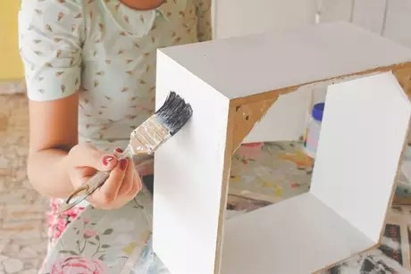 5. Viu como o passo a passo de como fazer nichos de madeira é simples?