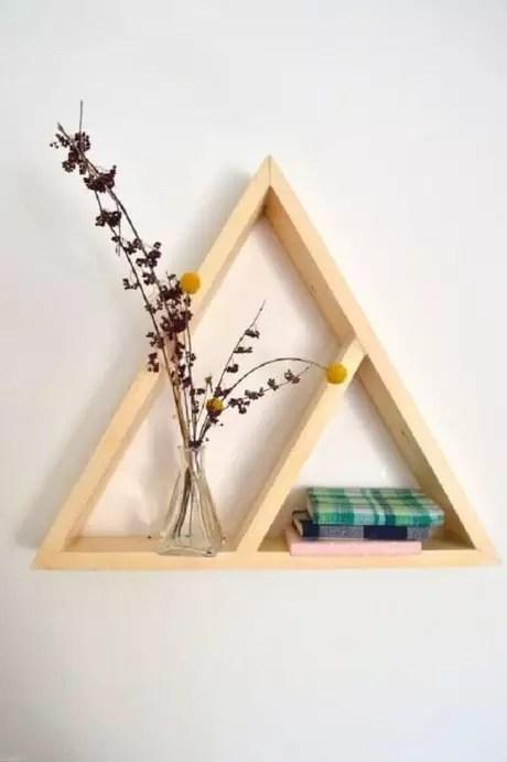 27. Os nichos triangulares dão um ar moderno à decoração