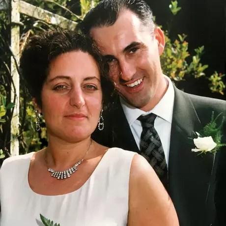 102207882ymwedding976 - Mulher desconfiava de 'problemas mentais' do marido, mas na verdade ele era casado com outra