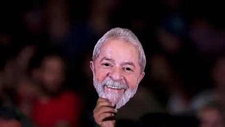 Convenção do PT no próximo sábado deve oficializar candidatura de Lula, mas sua participação na eleições ainda é incerta