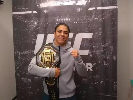 Jessica Bate-Estaca defenderá seu título peso-palha pela primeira vez no UFC (Foto: Yago Rédua/TATAME)