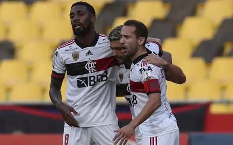 Flamengo fez bom jogo em Guayaquil (Foto: AFP)