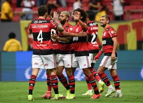 Flamengo goleia o Olimpia e avança à semi da Libertadores