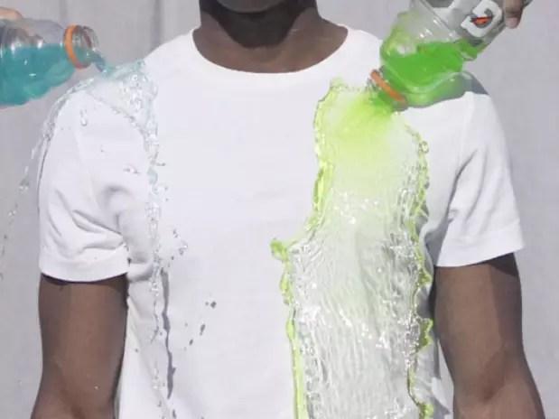 As camisetas devem estar à venda pela internet a partir de maio e vão custar cerca de £ 30 (quase R$ 115) Foto: Divulgação