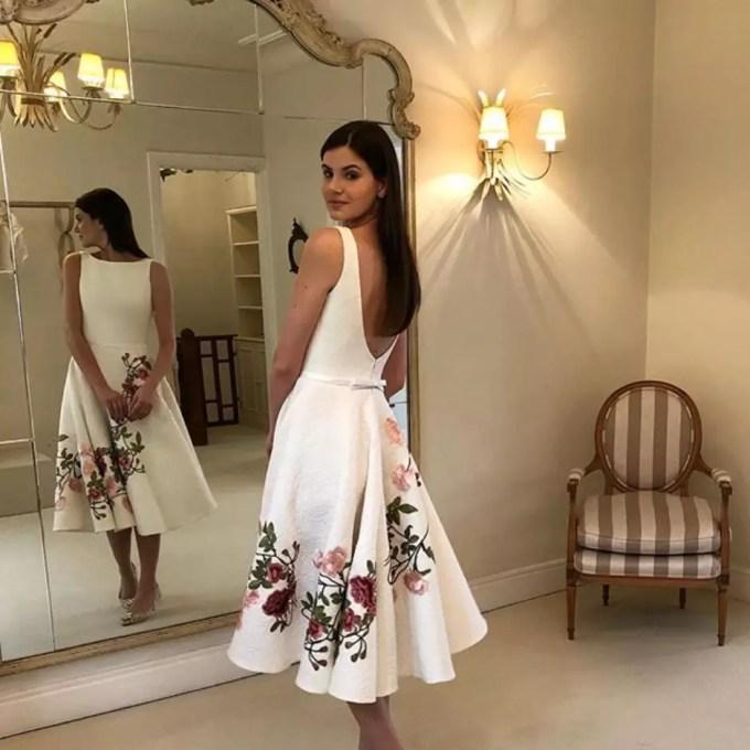 Civil: estilista conta detalhes do vestido de Camila Queiroz