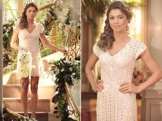 Na novela Flor do Caribe, Ester (Grazi Massafera) usou um vestido nude, com recortes na barra e inteiro rendado