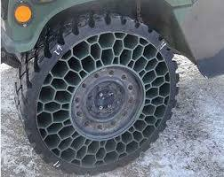 Photo of TNI AD Kembangkan Teknologi Airless Tire Ban Anti Bocor