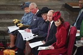 Photo of Ratu Elizabeth Mencari Karyawan Bergaji Rp 441 Juta