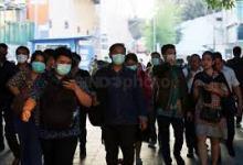 Photo of Jangan Lepas Masker Saat Bepergian Dengan Transportasi Umum