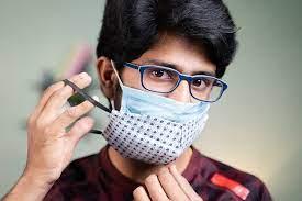 Photo of Mengapa Pakai Masker Dobel Itu Penting-