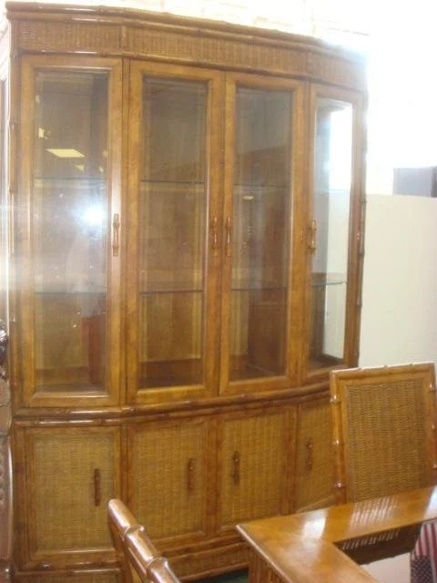 AMERICAN OF MARTINSVILLE 8 Piece Dining Room Set Lot 732