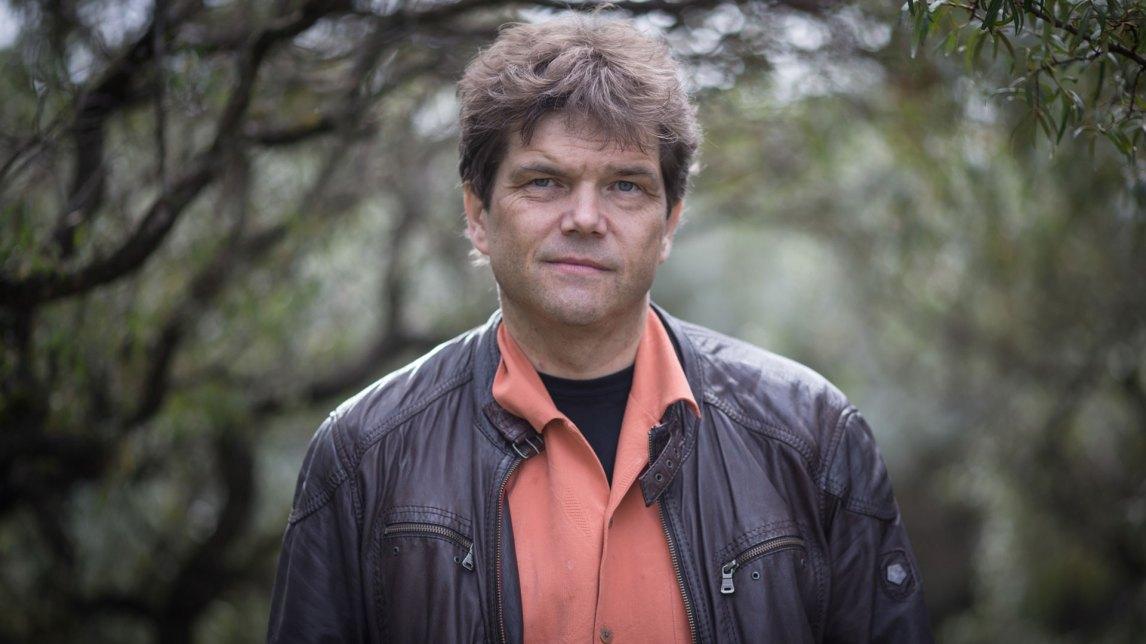 Gaute Einevoll er hjerneforsker og professor i fysikk ved NMBU på Ås og Universitetet i Oslo. (Foto: Erlend Lånke Solbu, NRK)