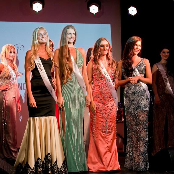 Vinneren av Miss Univers 2014, Elise Dalby, i midten. (Foto: Natalia Pipkina)