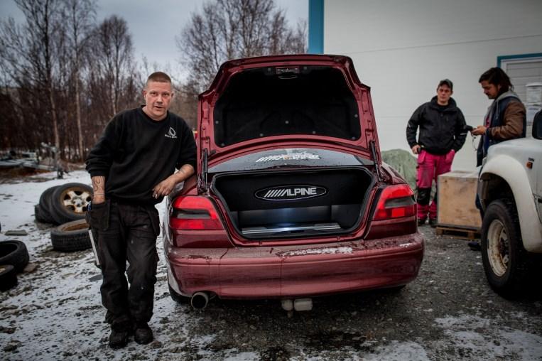 Norgestoppen i bilstereo, Alta (Foto: Matias Nordahl Carlsen)