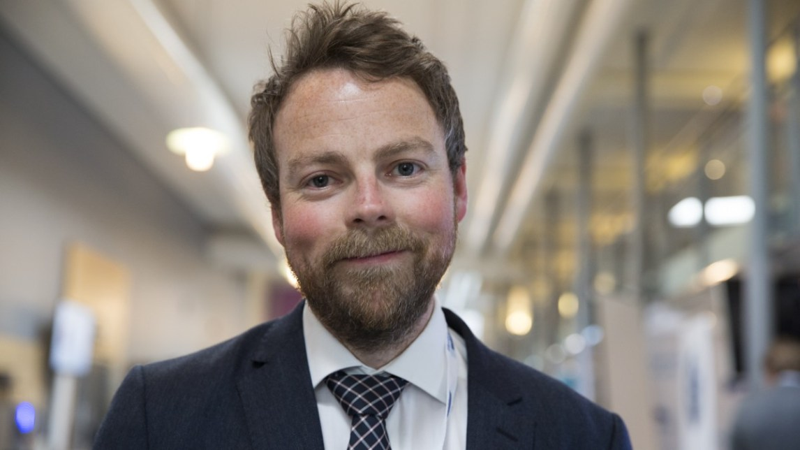 – Det har vært tabubelagt å snakke om at man er flink og at man får for lite utfordringer, mener kunnskapsminister Torbjørn Røe Isaksen (H). (Foto: Roald, Berit / NTB Scanpix)