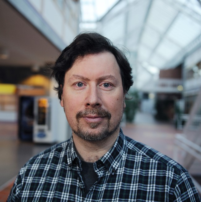 Professor ved Psykologisk institutt ved NTNU, Leif Ottesen Kennair. (Foto: Nils Heldal / NTNU SVT)