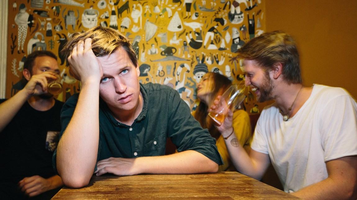 Sigbjørn Holte (24) er lei av å få kritikk for måten han lev på frå familien. No vil han prøve å bli meir miljøbevisst. Foto: Jørgen Nordby