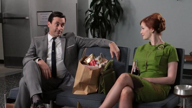 Jon Hamm og Christina Hendricks i Mad Men. (Foto: AMC)