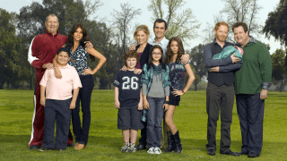 https://p3.no/filmpolitiet/wp-content/uploads/2010/09/modernfamily1.png