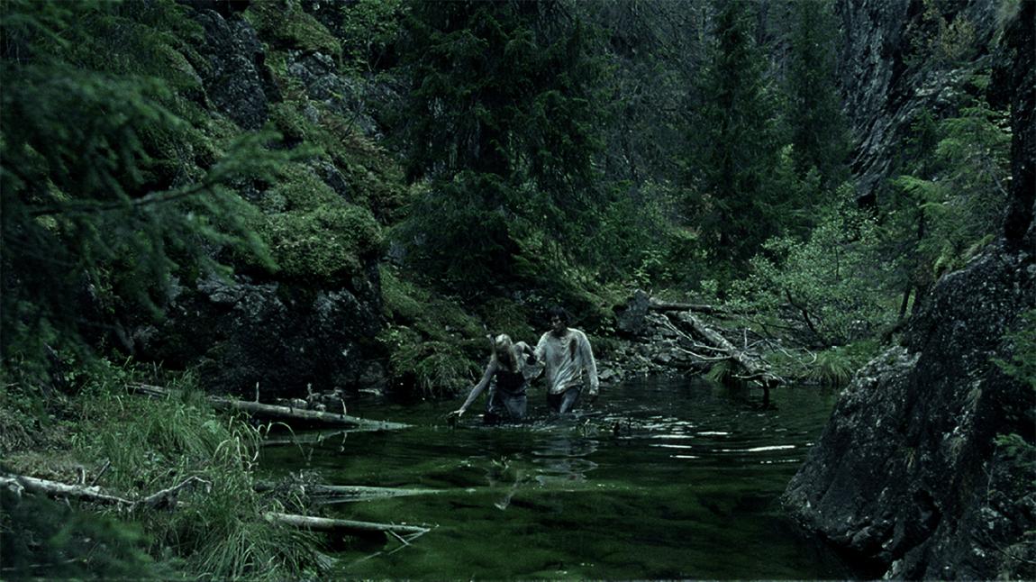 Naturen kan være vel og bra den, men naturen kan også oppleves på film. Just sayin' (Foto: Nordisk Film Distribusjon AS)