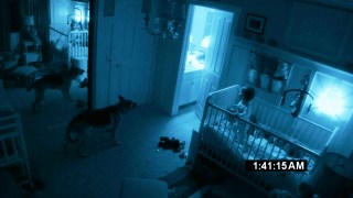 https://p3.no/filmpolitiet/wp-content/uploads/2010/11/Paranormal-Activity-2-bilde-1.jpg
