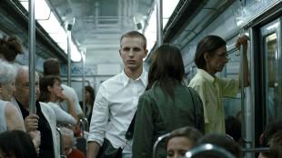 Anders Danielsen Lie er igjen klar i hovedrollen i Joachim Triers nye film. (Foto: 4 1/5 film)
