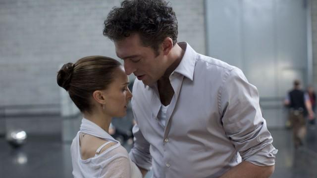 Natalie Portman og Vincent Cassel i Black Swan. (Foto: Twentieth Century Fox Norway)