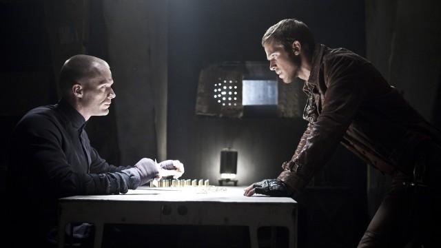 Paul Bettany spiller mot Cam Gigandet i Priest (Foto: The Walt Disney Company Nordic).