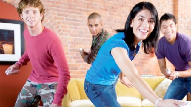 Slik ser Nintendo for seg at casual-spillere ser ut. Det naive smilet er selvfølgelig obligatorisk. (Foto: Nintendo).