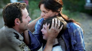 https://p3.no/filmpolitiet/wp-content/uploads/2011/08/The-Walking-Dead-familie.jpg