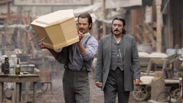 Timothy Olyphant og Ian McShane i Deadwood (Foto: Paramount Home Entertainment).